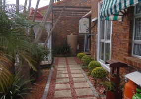 Parow, Western Cape 7499, 3 Bedrooms Bedrooms, ,2 BathroomsBathrooms,House,For Sale,Panorama,2162