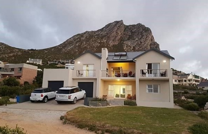 Rooi-Els, Western Cape 7196, 5 Bedrooms Bedrooms, ,3 BathroomsBathrooms,House,For Sale,2185