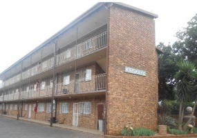1460, Gauteng, 2 Bedrooms Bedrooms, ,2 BathroomsBathrooms,Flat / Apartment,For Sale,2635