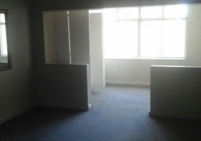 Gauteng 4000, ,1 BathroomBathrooms,Flat / Apartment,For Sale,3124
