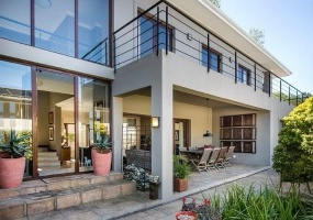 Newlands, Western Cape 7725, 4 Bedrooms Bedrooms, ,3 BathroomsBathrooms,House,For Sale,3151