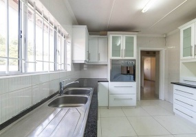Durban North, Kwazulu Natal 4016, 3 Bedrooms Bedrooms, ,2 BathroomsBathrooms,House,For Sale,3176