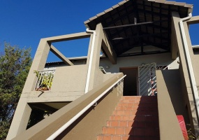 Sandton, Gauteng 2146, 1 Bedroom Bedrooms, ,1 BathroomBathrooms,Flat / Apartment,For Sale,3226