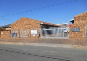Brakpan, Gauteng 1540, 3 Bedrooms Bedrooms, ,1 BathroomBathrooms,Townhouse / Cluster,For Sale,1002
